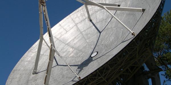 Антенны систем управления и навигации БПЛА. Краткий обзор